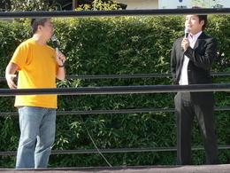 登坂栄児取締役統括部長 新土裕二リングアナウンサー