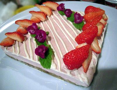 X-いちごケーキ