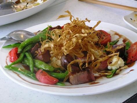 牛肉と鴨の万願寺唐辛子炒め