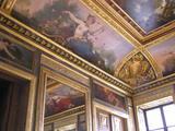 すばらしい美術館内の天井絵