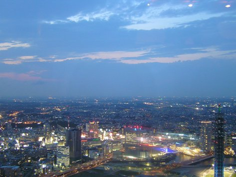 ランドマークタワーからの夕景