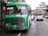 グリーンのバスに乗って