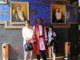 バージュアルアラブの玄関で