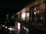 夜のガーデンレストラン