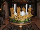 ホテル入口のお花