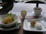 洋ナシのコンポート ウーロン茶のシャーベット