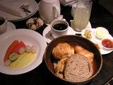 朝6時の簡単な朝食