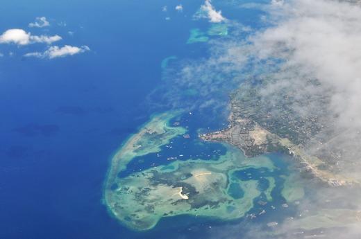 綺麗な島が見えてきました