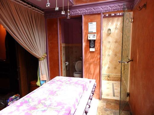 トイレとシャワースペース