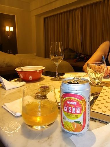 マンゴービールで最後の夕食