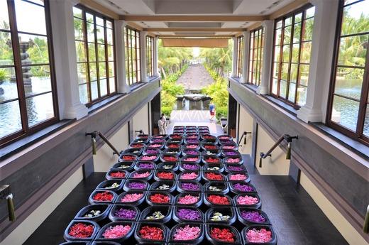 お花の階段