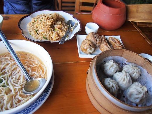 チャーハン 麺 小籠包