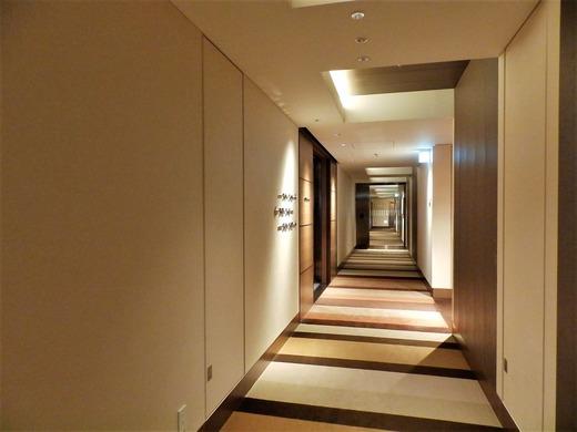 34階 廊下