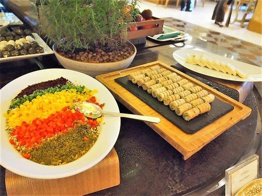 色鮮やかなアラブ料理