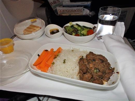 クアラまで 機内食