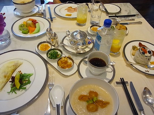 クラブラウンジでの朝食