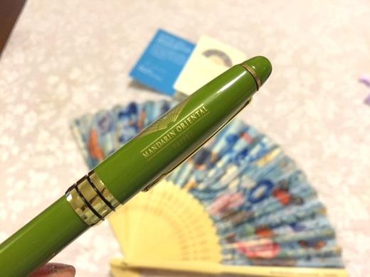 記念のボールペン