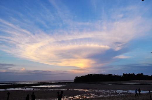 ヌサドゥアの雲