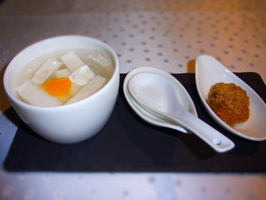 杏仁豆腐 サービスよん♪