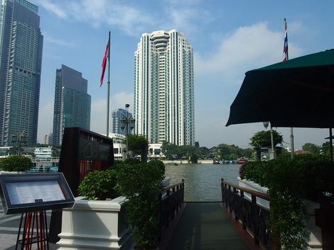 ホテルボート乗り場