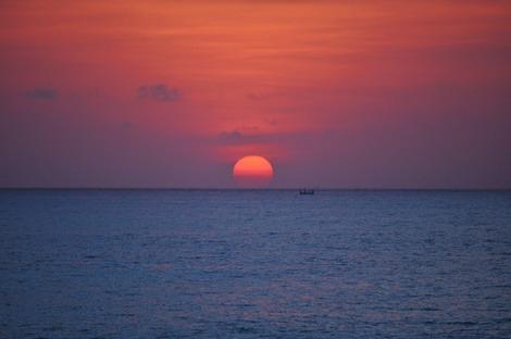 ロックバー 真っ赤な夕日