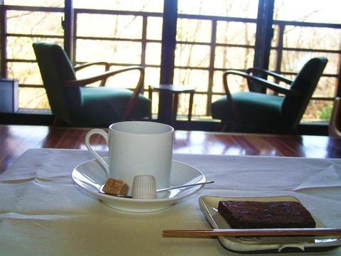 モーニングコーヒーとケーキ
