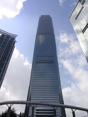 香港一高いビル ICCビル