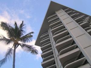 15階 上から3つ目の四角いベランダのお部屋に滞在しました