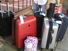 スーツケースは4つ