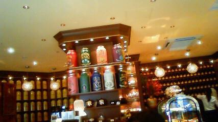店内にはお茶がいっぱい
