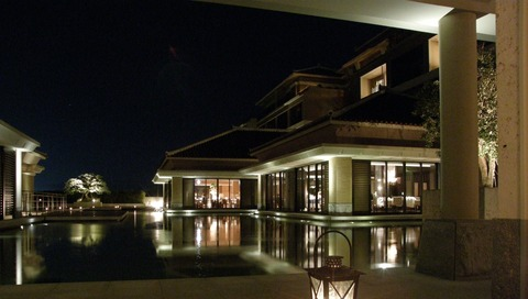 夜のホテル1