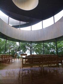 教会 内部