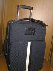 コーチのスーツケース
