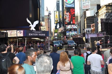 タイムズスクエアの人混み