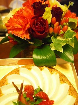 バラとケーキ