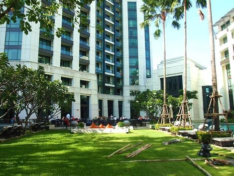 ケンピンスキーホテル 中庭