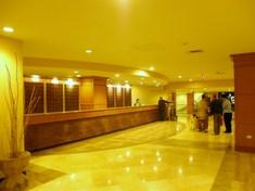 アウトリガーホテル ロビー1