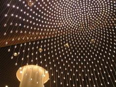 ペニンシュラホテル ロビーの天井
