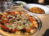 ピザにパスタ