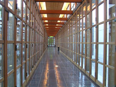 有名な柱廊