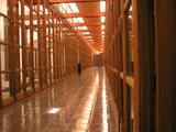 夜の柱廊下