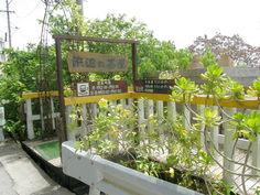 浜辺の茶屋入口
