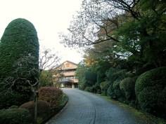 仙郷楼への道
