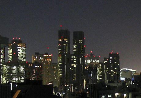 Shinjuku20040421_cropped