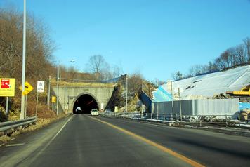 虎杖浜トンネル