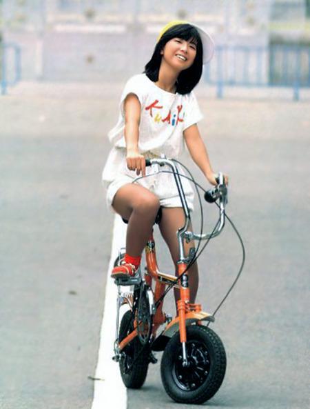 大場久美子(33)