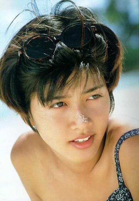 内田有紀(18)