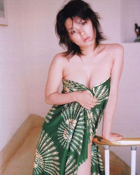 小池栄子(17)