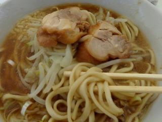 鶏チャーシューと麺