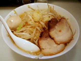 ガッツリ極太豚骨醤油+味玉